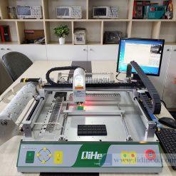 Máy gắp đặt linh kiện SMT tự động Qihe TVM802BX.