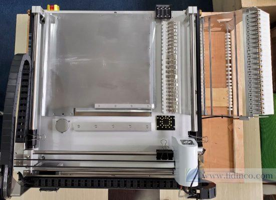 máy gắp đặt linh kiện neoden 4